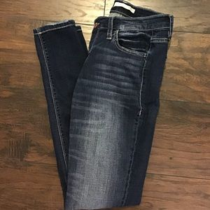 daytrip jeans from the buckle size 26R